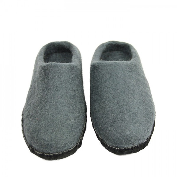 Slippers w-leather sole Gray