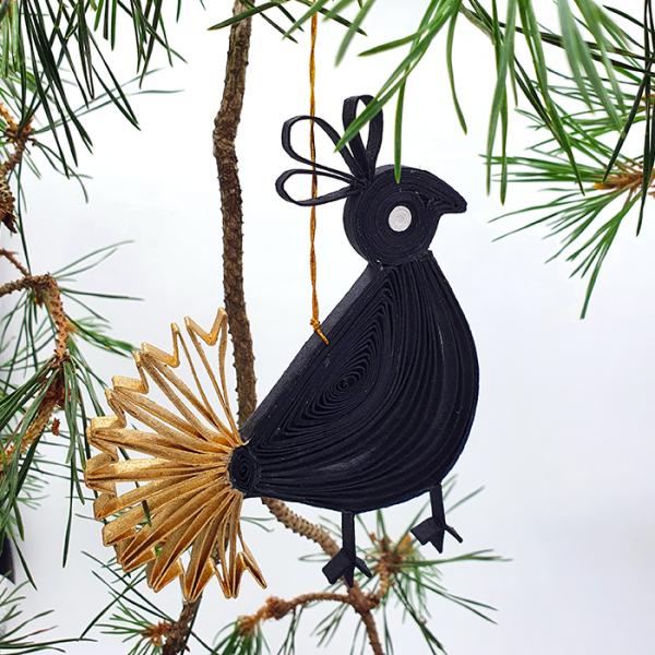 Goldtail Bird in box black gold 13x12cm